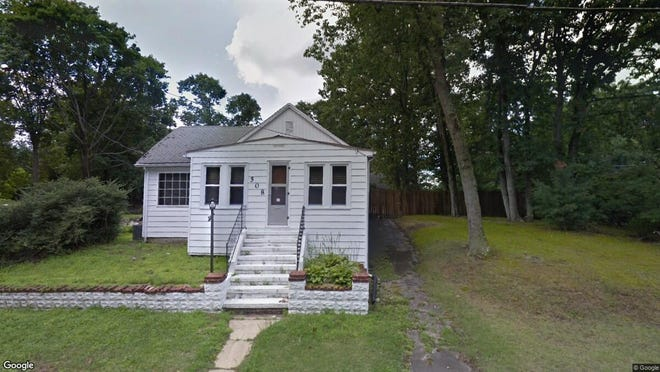 This Google Street View image shows the approximate location of 508 Berlin Road in Clementon. The property at this address changed hands in June 2019, when new owner bought the property for $140,000.