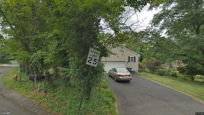 This Google Street View image shows the approximate location of 3 Highwood Road in Franklin. The property at this address changed hands in September 2019, when new owner bought the property for $465,000.