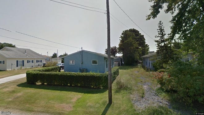 This Google Street View image shows the approximate location of 423 W. Calabreeze Way in Little Egg Harbor. The property at this address changed hands in October 2019, when new owners bought the property for $205,000.