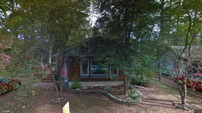 This Google Street View image shows the approximate location of 141 Blackfoot Tr in Medford Lakes. The property at this address changed hands in September 2019, when new owner bought the property for $232,500.