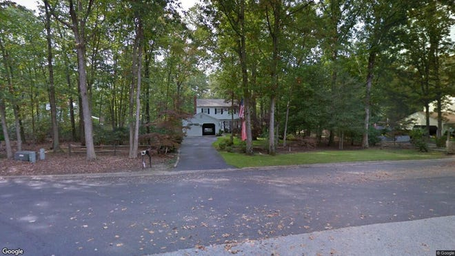 This Google Street View image shows the approximate location of 130 Holly Drive in Shamong. The property at this address changed hands in November 2019, when new owner bought the property for $262,500.