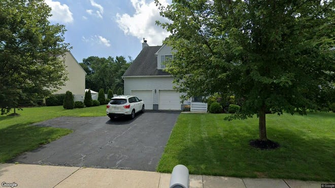 This Google Street View image shows the approximate location of 122 Aberdeen Road in Aberdeen. The property at this address changed hands in December 2019, when new owners bought the property for $482,000.