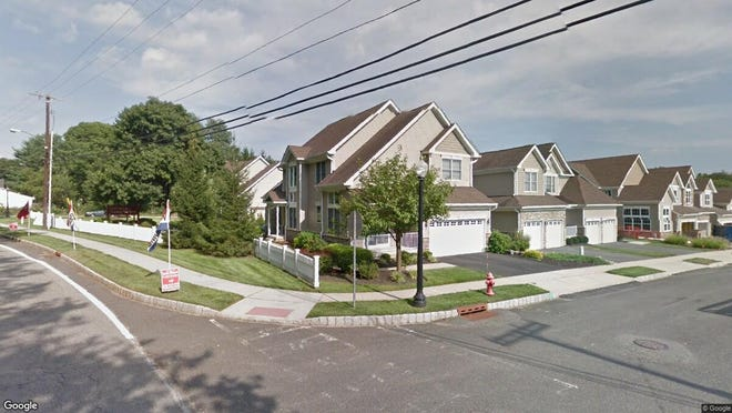 This Google Street View image shows the approximate location of 2 Raspberry Lane in Washington. The property at this address changed hands in December 2019, when new owner bought the property for $499,900.