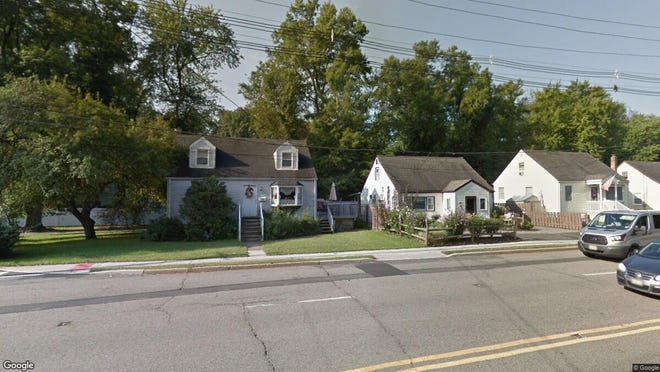 This Google Street View image shows the approximate location of 186 Boonton Tpke in Lincoln Park. The property at this address changed hands in December 2019, when new owner bought the property for $270,000.