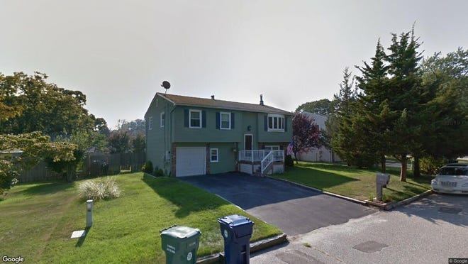This Google Street View image shows the approximate location of 15 Redwood Lane in Little Egg Harbor. The property at this address changed hands in December 2019, when new owner bought the property for $121,500.
