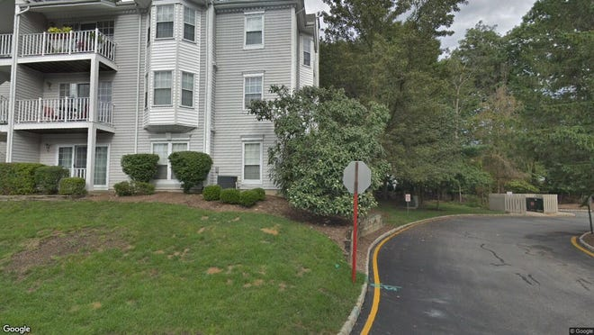 This Google Street View image shows the approximate location of 715 Juniper Way in Mahwah. The property at this address changed hands in October 2019, when new owner bought the property for $319,000.