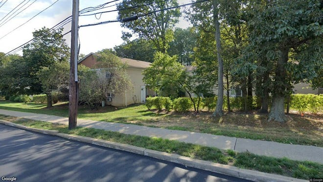 This Google Street View image shows the approximate location of 406 Cranbury Road U 04 in East Brunswick. The property at this address changed hands in January 2020, when new owner bought the property for $136,000.