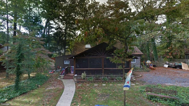 This Google Street View image shows the approximate location of 152 Blackfoot Tr in Medford Lakes. The property at this address changed hands in December 2019, when new owner bought the property for $205,623.