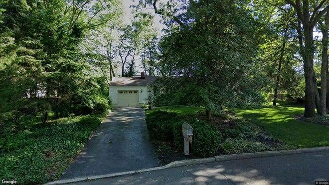 This Google Street View image shows the approximate location of 416 Colleen Court in Toms River. The property at this address changed hands in January 2020, when new owners bought the property for $292,000.