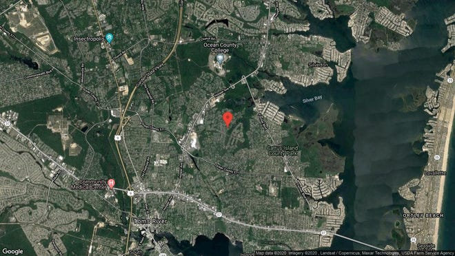 This aerial photo shows the approximate location of 33 Oak Glen Road in Toms River. The property at this address changed hands in January 2020, when new owners bought the property for $283,000.