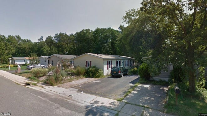 This Google Street View image shows the approximate location of 21 Deer Way in Manalapan. The property at this address changed hands in December 2019, when new owner bought the property for $188,700.