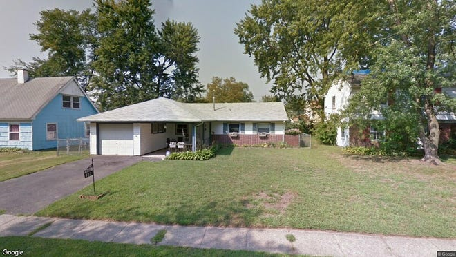 This Google Street View image shows the approximate location of 122 Somerset Drive in Willingboro. The property at this address changed hands in December 2019, when new owner bought the property for $146,000.