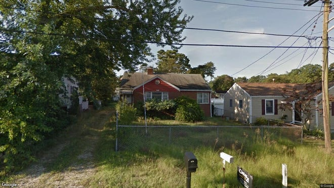 This Google Street View image shows the approximate location of 182 Riverside Drive No. in Brick. The property at this address changed hands in January 2020, when new owners bought the property for $288,000.