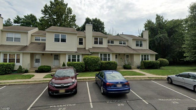 This Google Street View image shows the approximate location of 121 Sunnyvale Court in Franklin. The property at this address changed hands in December 2019, when new owner bought the property for $280,000.