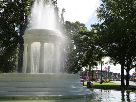 636215577466902131-BCEBrd-07-06-2016-BCE-1-A001--2016-07-05-IMG-Brooks-Fountain-down-1-1-0HET5HQE-L840190454-IMG-Brooks-Fountain-down-1-1-0HET5HQE-1-.jpg