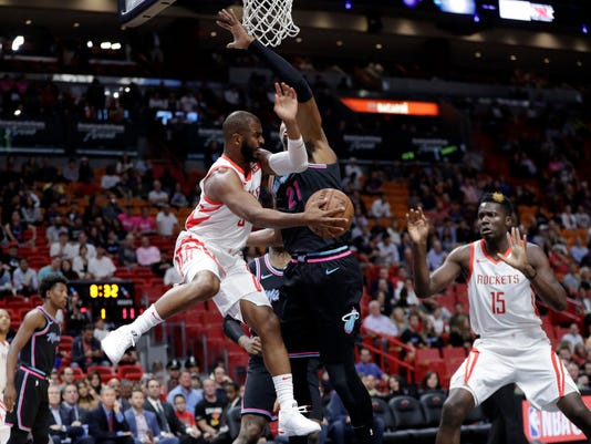Rockets_Heat_Basketball_33267.jpg