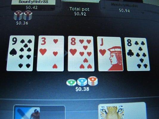 -MORBrd_11-26-2013_Daily_1_A004~~2013~11~25~IMG_-Internet_Gambling.J_1_1_PB5.jpg