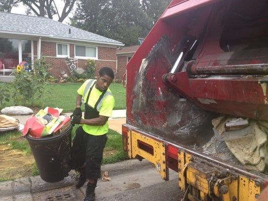 DFP 0823_royal_oak_trash_collect.jpg