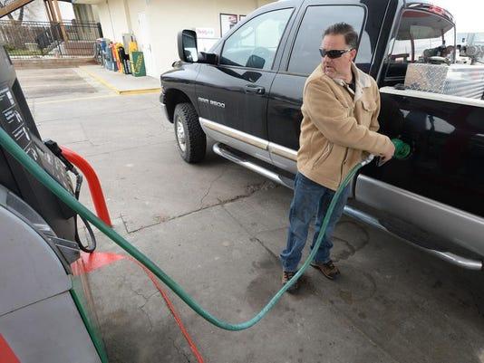 -FTC1204-gg gas prices 1.jpg_20131203.jpg