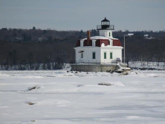 Esopus Lighthouse - winter.jpeg