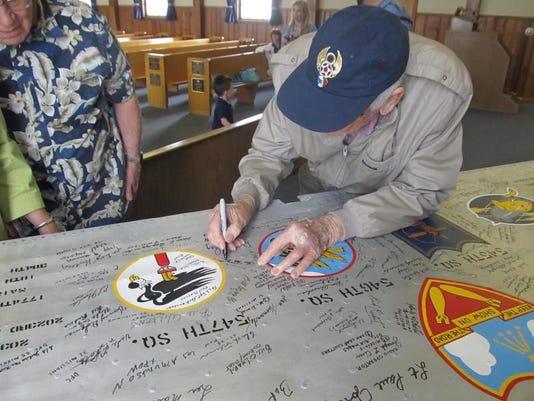 STG WWII wing01 0513.jpg