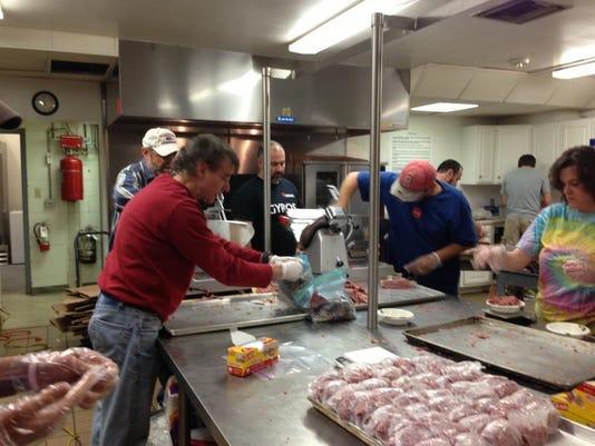 slicing corned beef.jpg