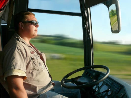 driverless bus.jpg