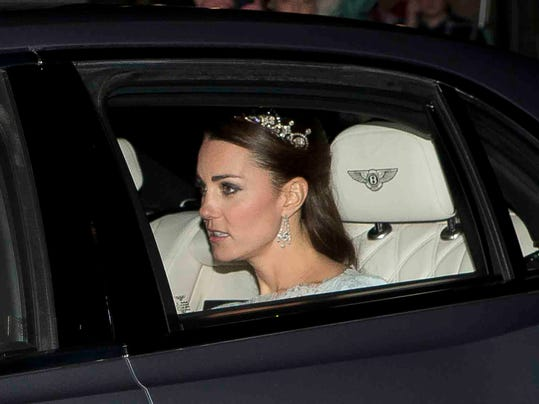Duchess Kate goes to Diplomatic Reception
