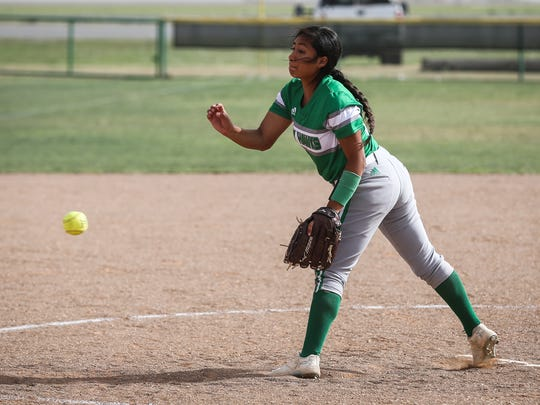 Wall's Izzy Vera pitches against Ballinger Friday,