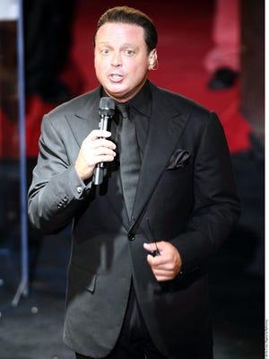 Luis Miguel, cantante mexicano.