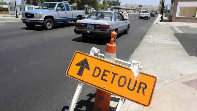 FILE PHOTO: Traffic makes its way through road construction on Victorian Avenue between Rock and El Rancho on Wednesday, July 15, 2009. Photo by David B. Parker.