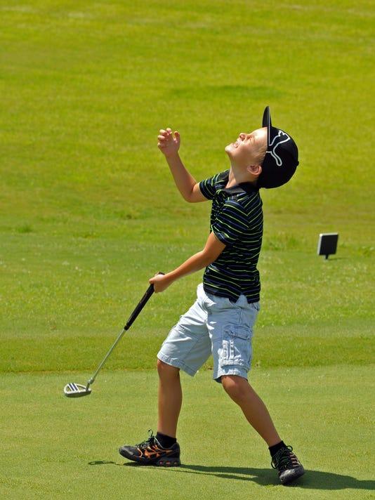 Kids golf clinic at Duran 5.jpg