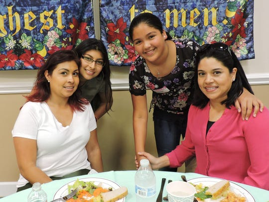 From left are Mrs. Oahoa and her daughter Michaella Oahoa, and Lianna Ramos and her mom, Lianna Ramos.