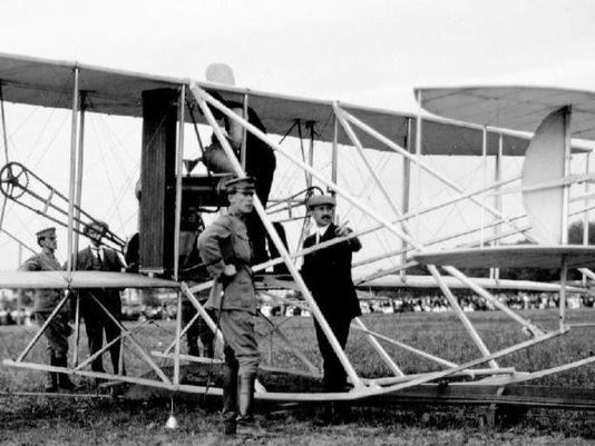 frank p with wright brothers ft myers va 1909