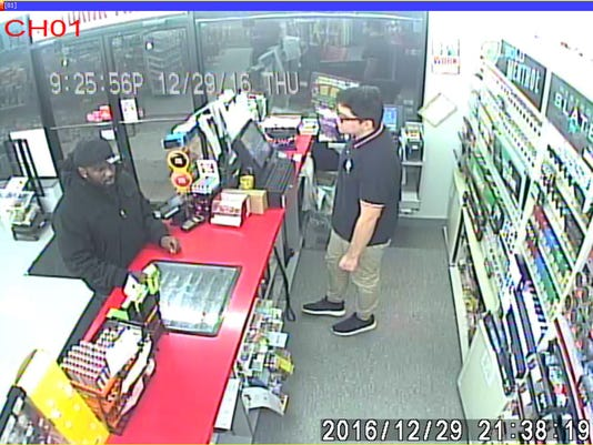 636233641424400660-AA-robbery-3.jpg