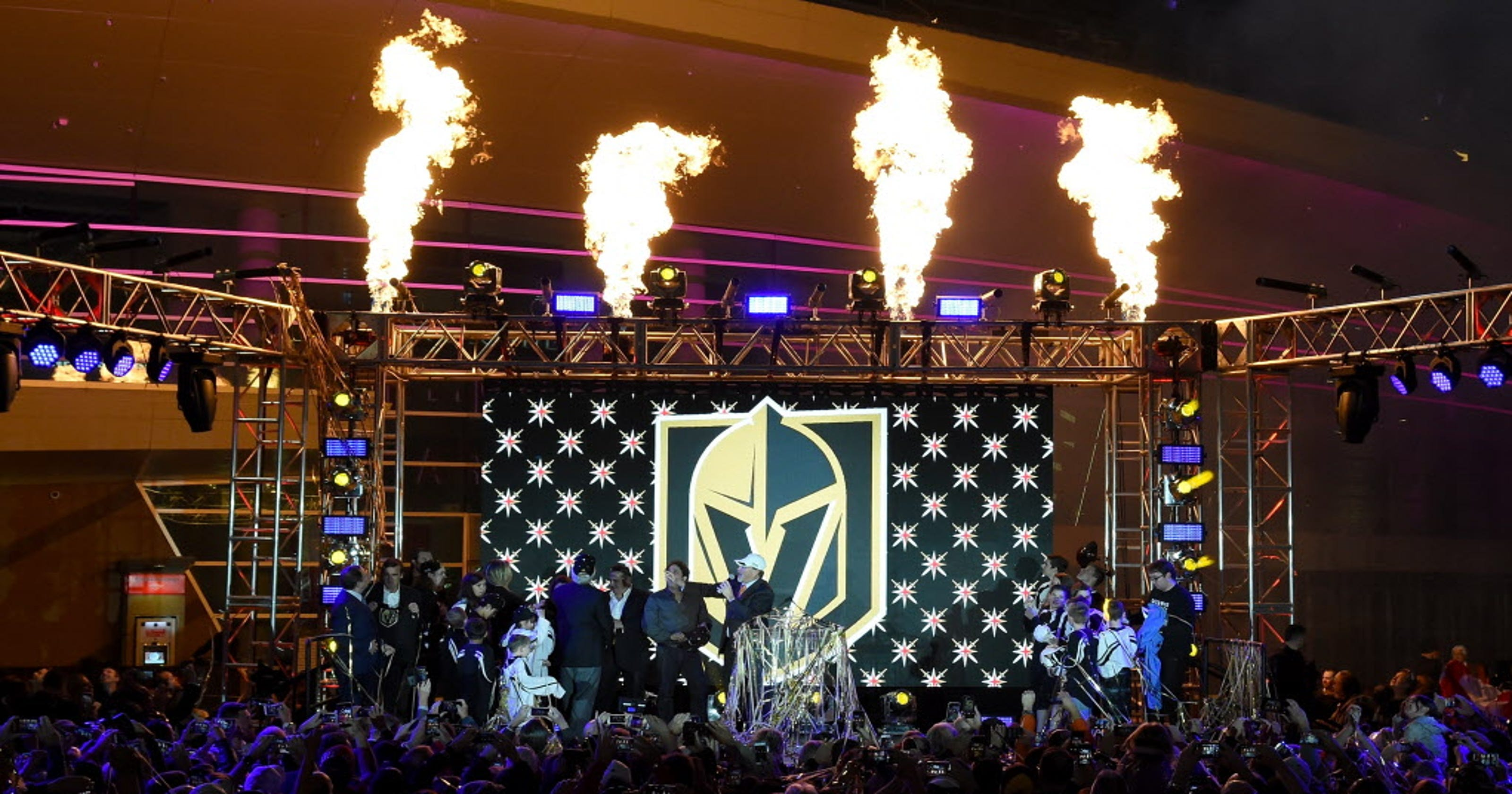 Las Vegas Nhl Expansion Team Will Be Named The Golden Knights League Legas Repair Pink W