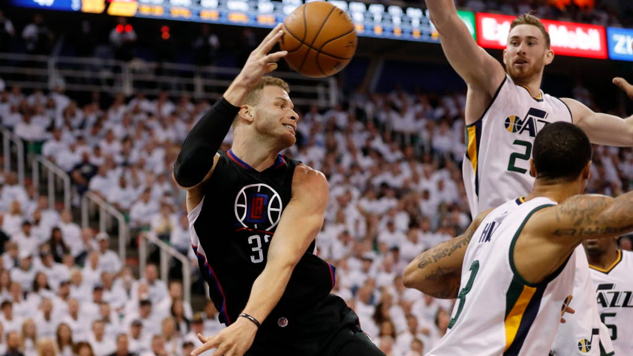 edbcf15dcde Blake Griffin goes down, Clippers hang on for Game 3 win over Jazz