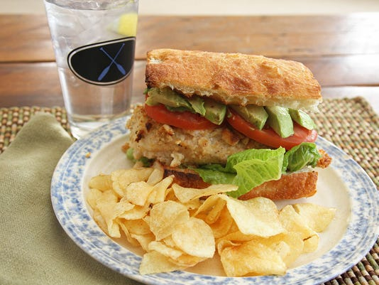 macadamia crusted chicken sandwich-2.jpg