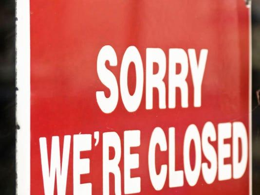 ClosedSign01