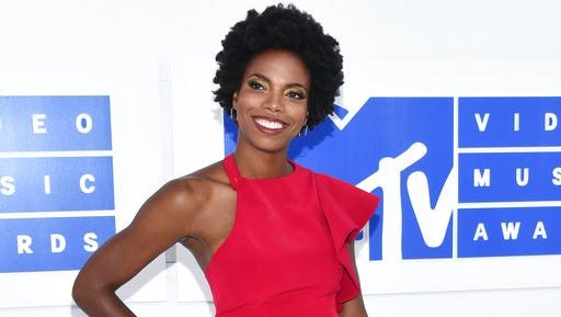 "FILE - In this Aug. 28, 2016 file photo, Sasheer Zamata arrives at the MTV Video Music Awards in New York. Zamata, a former member of the Upright Citizens Brigade who plays a mean Beyonce and Rihanna on ""SNL,"" is debuting her first special, called ""Pizza Mind,"" on the internet platform Seeso on Thursday, March 28, 2017."