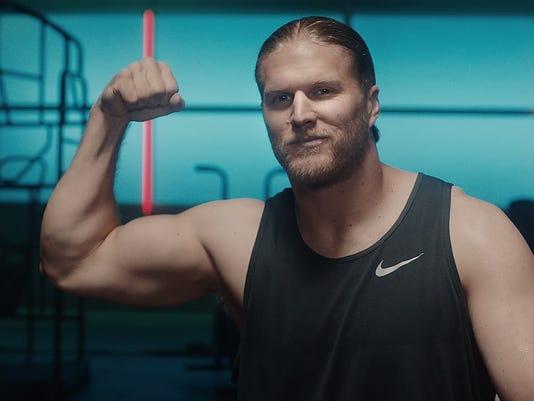 Clay Matthews muscle