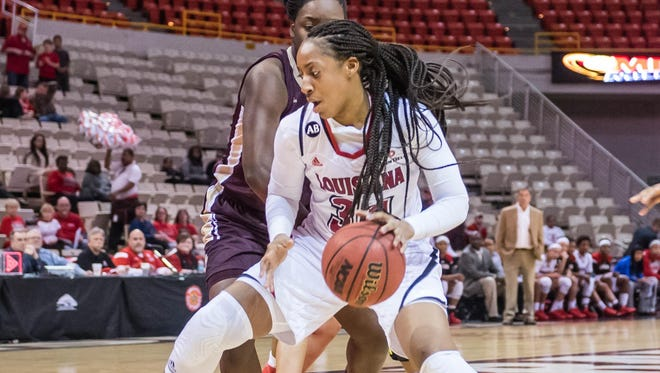 UL forward Simone Fields (32) was recognized as a third-team All-Sun Belt selection.