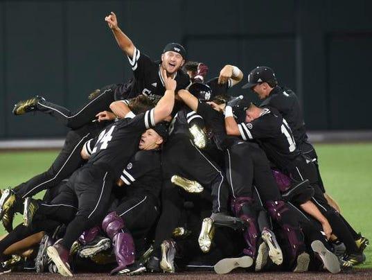 636645904343620842-CWS-Mississippi-St-Unlikely-Success-Baseball.jpg