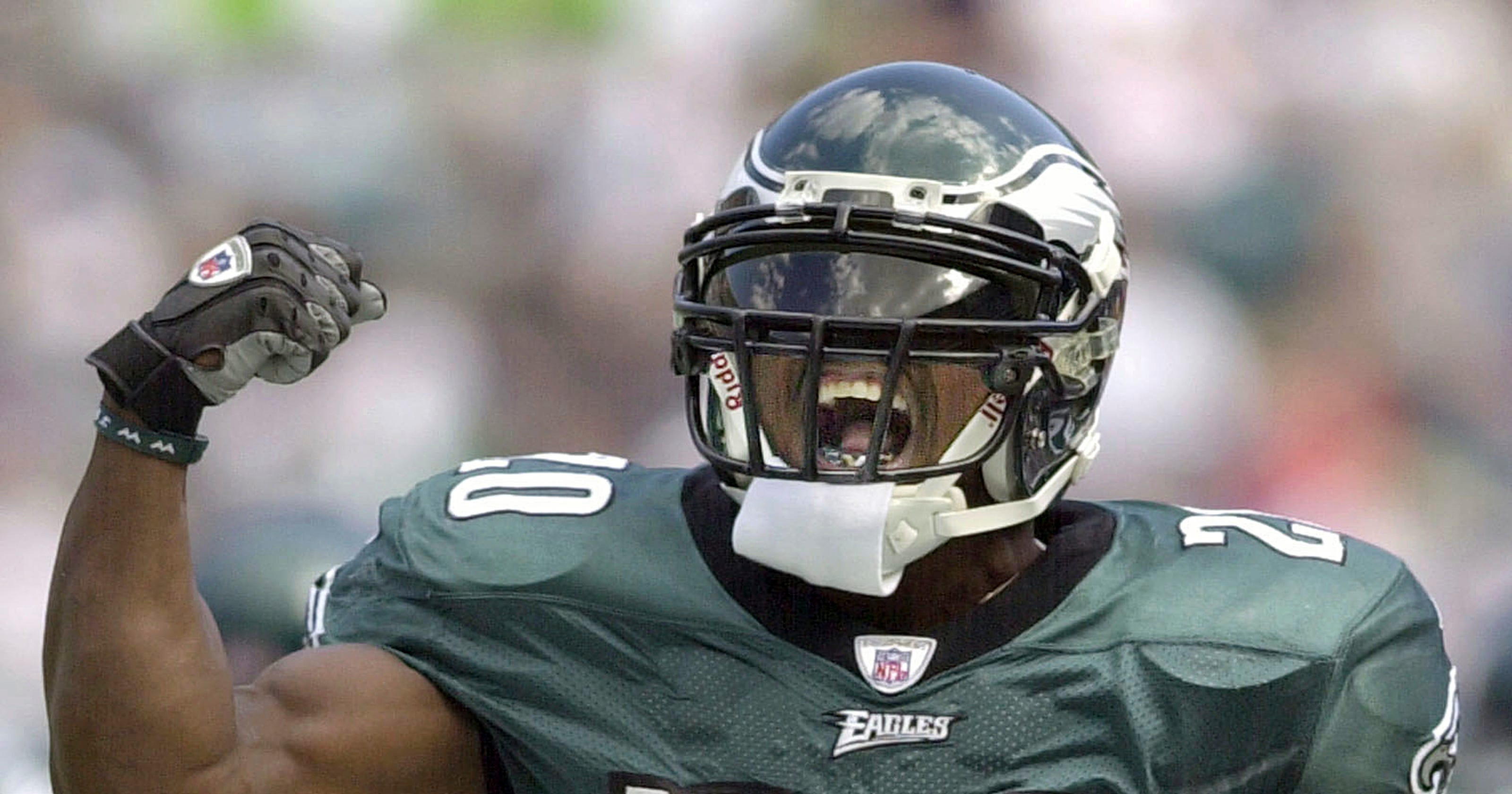 94e2539a46a Dawkins  love affair with Eagles  fans shows heading into Hall of Fame