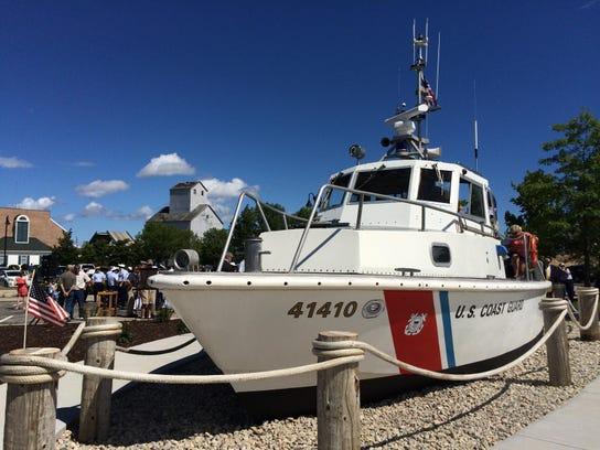 -DCA 0805 USGC boat dedication.JPG_20150804.jpg