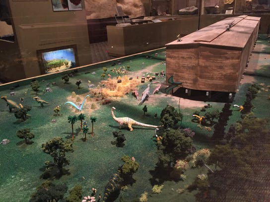 A diorama at the Glendive Dinosaur & Fossil Museum