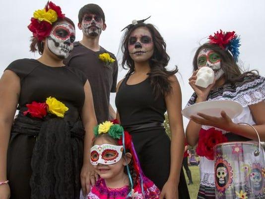 10/23: Dia de Los Muertos Phoenix Festival