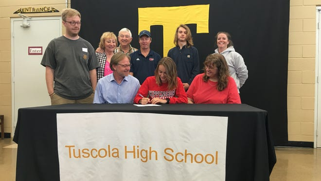 Tuscola senior Lydia Cagle has signed to run college cross country and track for Shippensburg (Pa.).