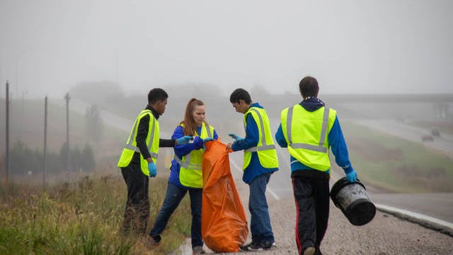 Students clean up Highway 141 as part of Volunteer Day in October of 2019. Perry High School received the 2020 School of Character Award. Part of the recognition was based on the annual Volunteer Day. PHOTO BY SEAN CORDY/THE PERRY CHIEF