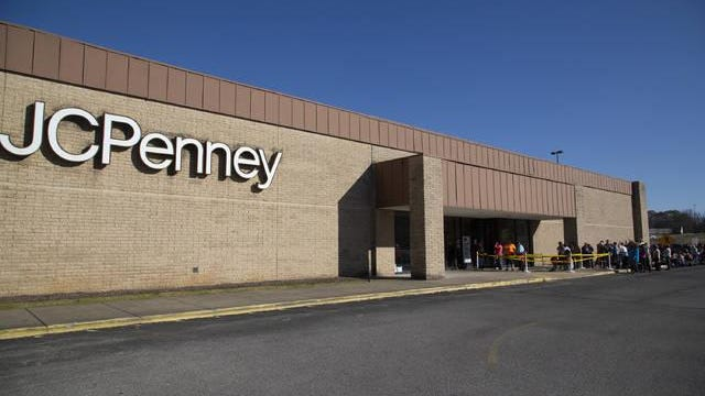 Shoppers arrive at J.C. Penney located in the Columbia Mall for a Black Friday sale in 2018.